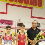 کسب عناوین درخشان علی اسدی ژیمناست ارزنده شهر قدسی در مسابقات المپیاد استعدادهای برتر ژیمناستیک