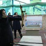 به مناسبت گرامیداشت هفته دولت / برگزاری مسابقات تیرو کمان کارکنان بانوان ادارات شهرستان قدس