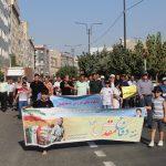 استقبال بی نظیر جامعه ورزشی و شهروندان شهرستان قدس از همایش پیاده روی هفته دفاع مقدس