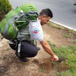 بذر درخت بلوط توسط ورزشکار شهرقدسی کاشته می شود
