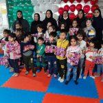 به مناسبت گرامیداشت ایام الله دهه مبارک فجر/نخستین جشنواره ورزشی مادر و کودک در روستای هفت جوی برگزار شد